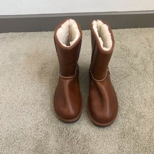 Brown leather UGG boots!